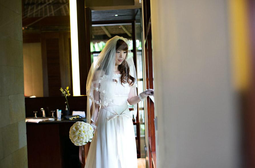 ウェディングドレス エンパイア 女神ドレス