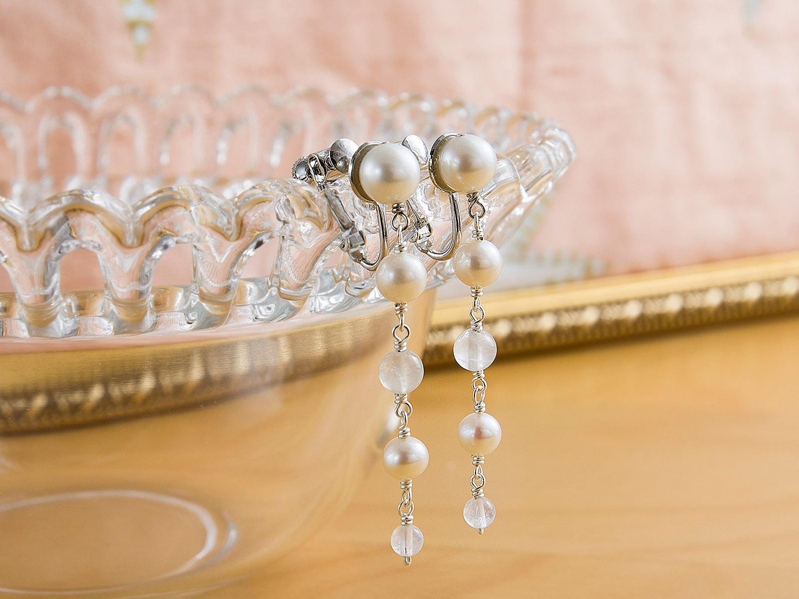 ウェディングドレス レンタル プレタ オーダー | ドレスマニア パールとムーンストーンのロングイヤリング