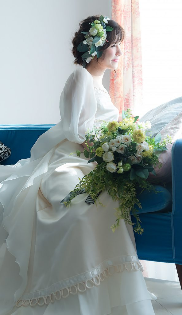 ドレスマニア自由が丘アトリエ ウェディングドレスのレンタル、プレタポルテ、オーダー... お気に入りのドレスを見つけるウェディングドレス Loop