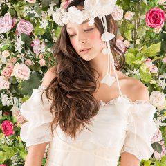 N0014 ロマンティックなテクスチャーとミューズのような2トーンカラーのウェディングドレス