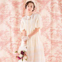 N0025 ドレスマニアらしい贅沢なコットンドレス。2ウェイ、ケープと様々なレースウェディングドレスを楽しめます