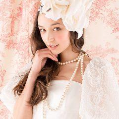 N0029 程よい透け感がエアリィさを演出、特徴的なパフスリーブも人気なウェディングドレス